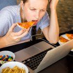 אכילה בהיסח הדעת